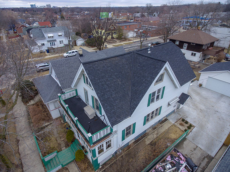 Wisconsin Roofing LLC | Wauwatosa | Residential Roofs | Certainteed Landmark Moire Black