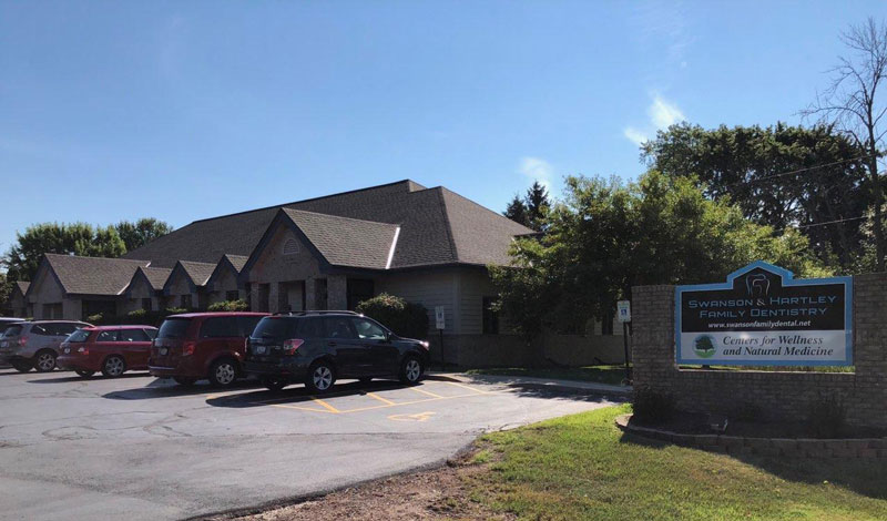 Wisconsin Roofing LLC | Slinger | Swanson Family Dentistry | Commercial Roofs