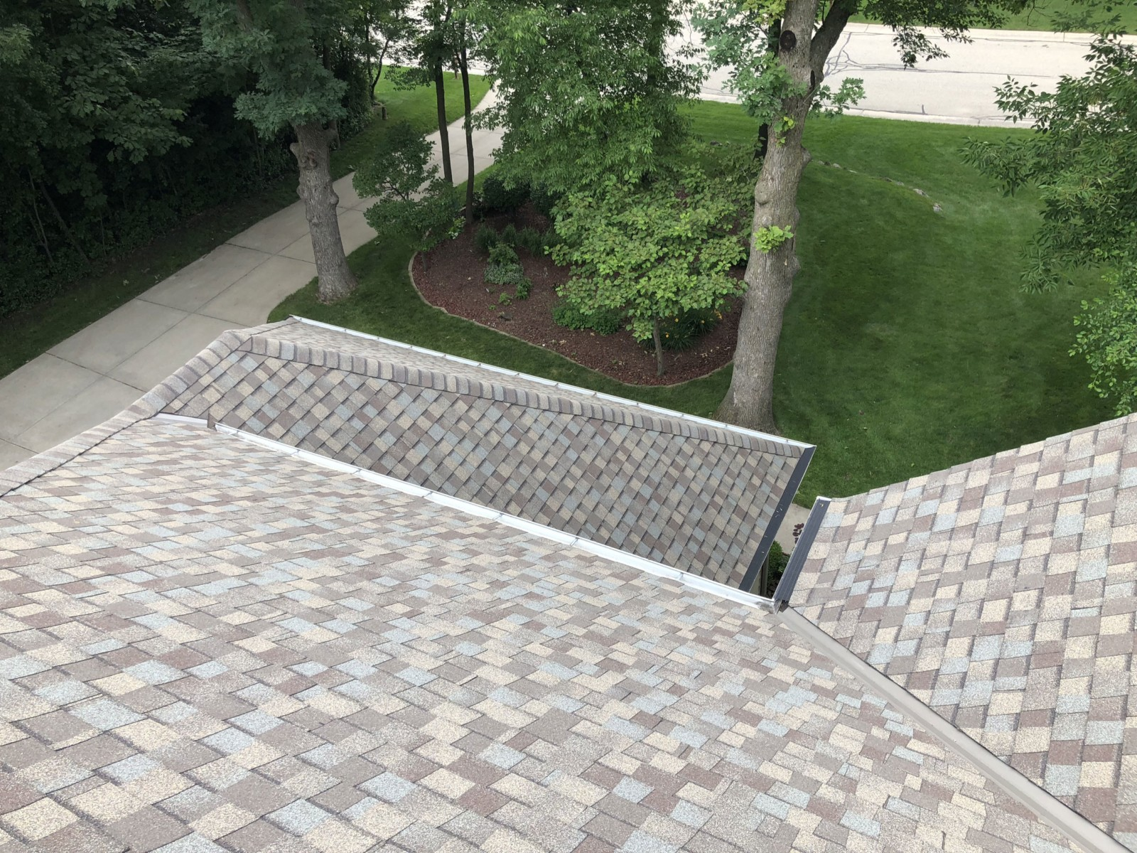 Wisconsin Roofing LLC | Multilevel | Residential