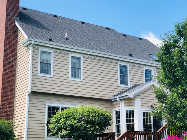 Wisconsin Roofing LLC | Mequon | New Roof | Installed before the sale of home | Upgraded ventilation | CertainTeed Landmark Driftwood Back