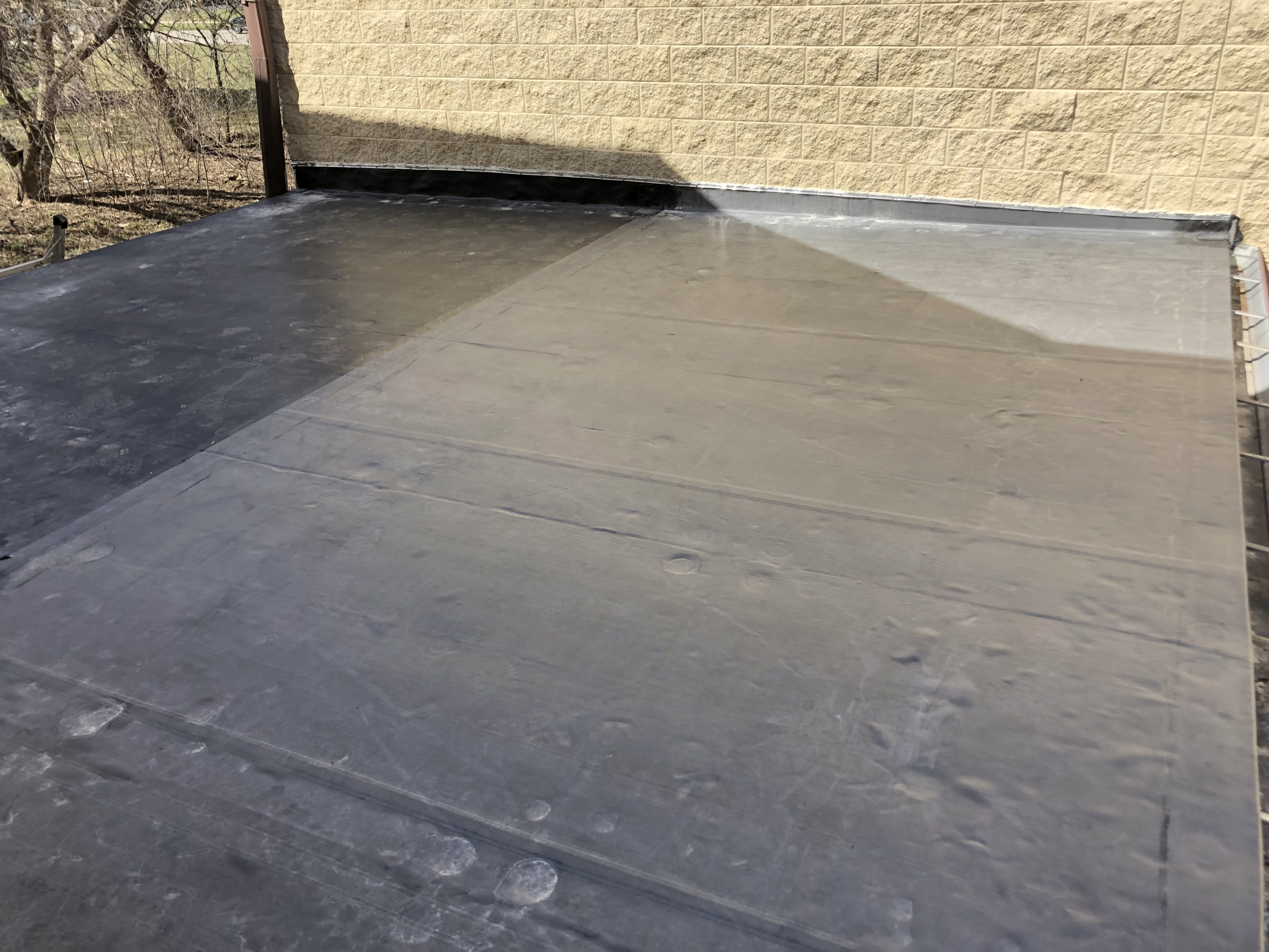 Wisconsin Roofing LLC | Commercial | Flat Roof | Lannon Springs