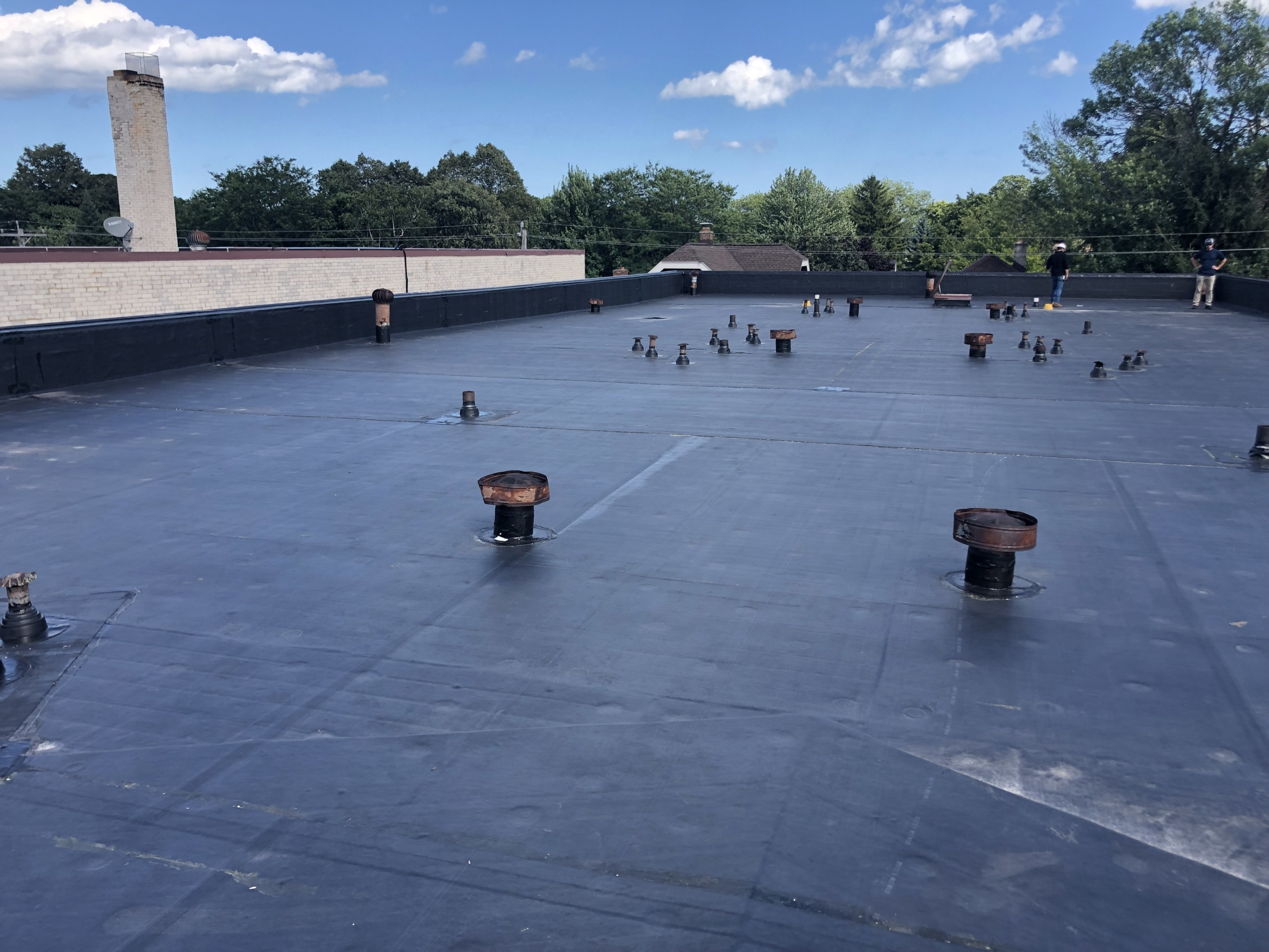 Wisconsin Roofing LLC | Commercial | Flat Roof | Milwaukee