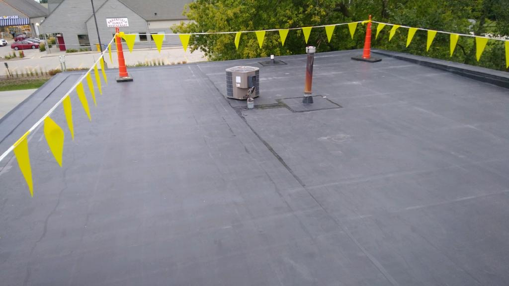 Wisconsin Roofing LLC | Commercial | Flat Roof | Occonomowoc