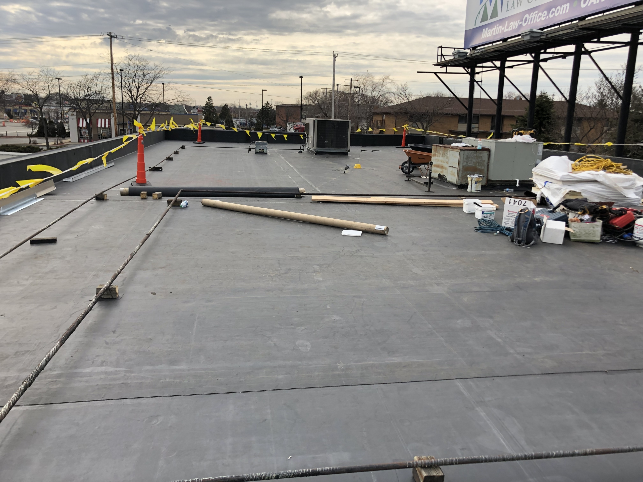 Wisconsin Roofing LLC | Commercial | Flat Roof | Summit