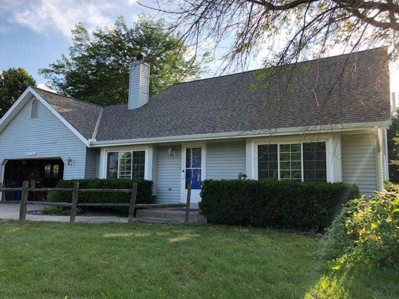 Wisconsin Roofing LLC | Residential | Brookfield | CertainTeed Landmark PRO Driftwood Aluminum Soffit Custom Bent Fsacia 5 inch seamless gutters