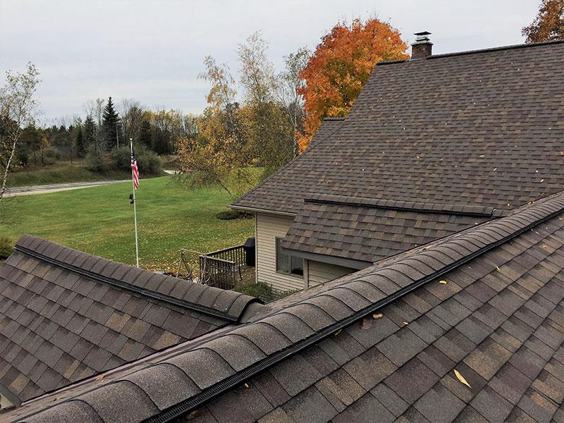 Wisconsin Roofing LLC | Residential | New Berlin | Owens Corning Tru Definition Duration Teak Kiel