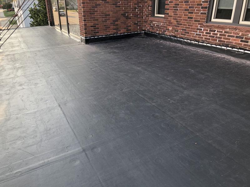 Wisconsin Roofing LLC   Flat Decks   Residential   Brick Edge