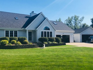 Wisconsin Roofing LLC | Pewaukee | Residential | Landmark Pro Moire Black | Finished