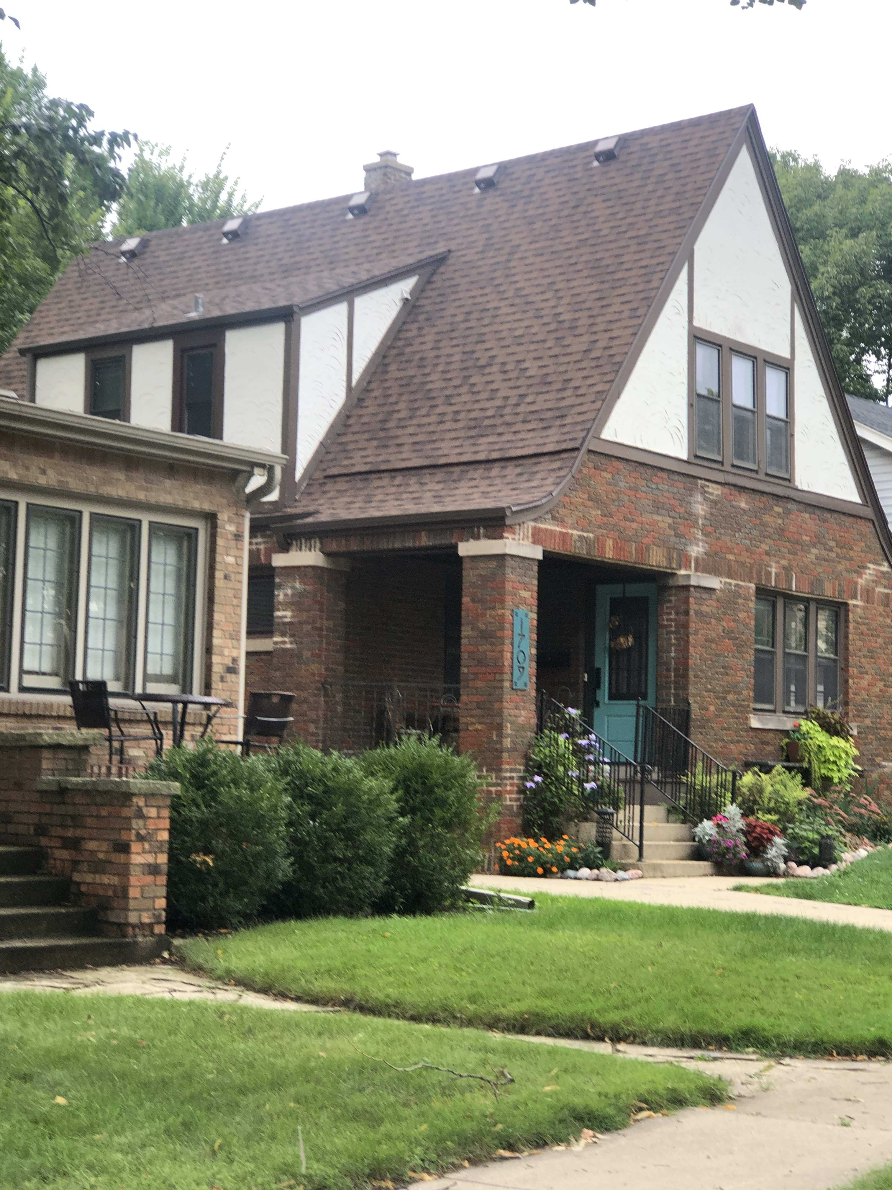 Wisconsin Roofing LLC   Wauwatosa   Best Roofing Company   Added intake attic ventilation Nail pops leaks from a poor install 9 years ago