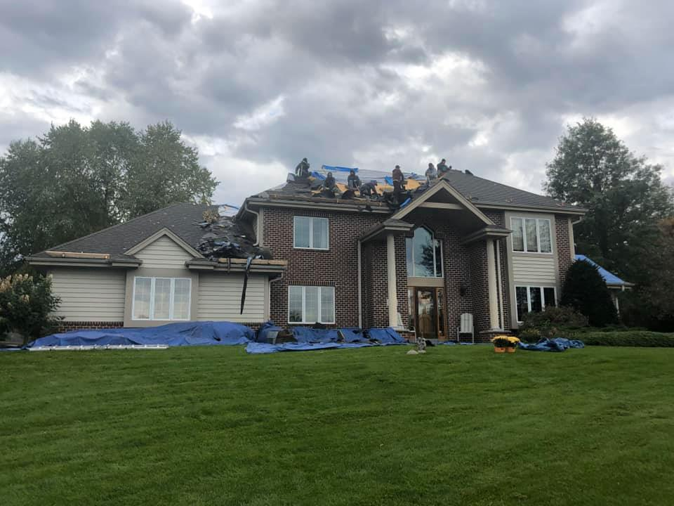 Wisconsin Roofing LLC | New Roof | Tear off | Waukesha | Burnt Sienna | Upgraded Ventilation