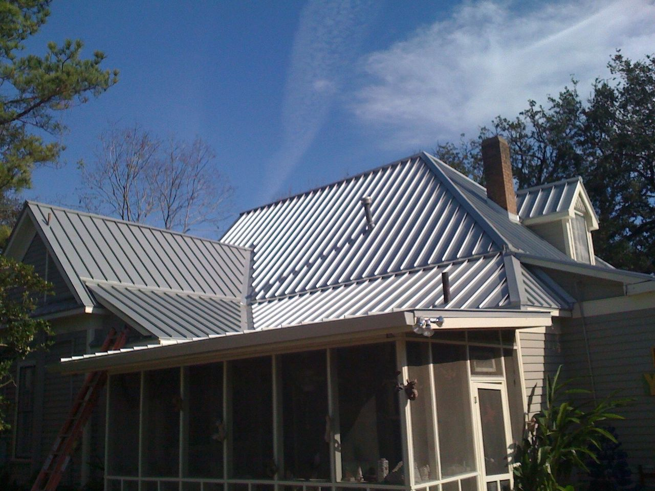 Wisconsin Roofing LLC | Metal Roofing | Best company for repairs replacements | SE Wisconsin