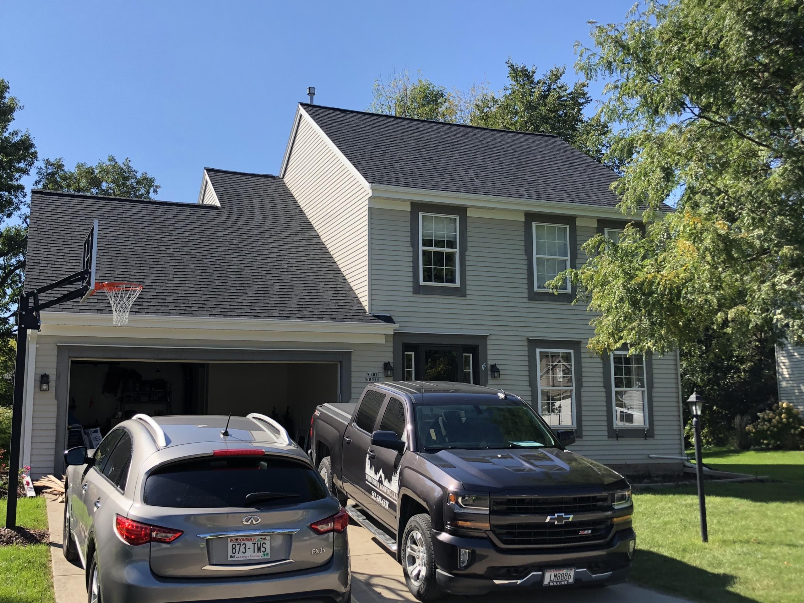 Wisconsin Roofing LLC | CertainTeed Landmark Pro | Moire Black | Menomonee Falls