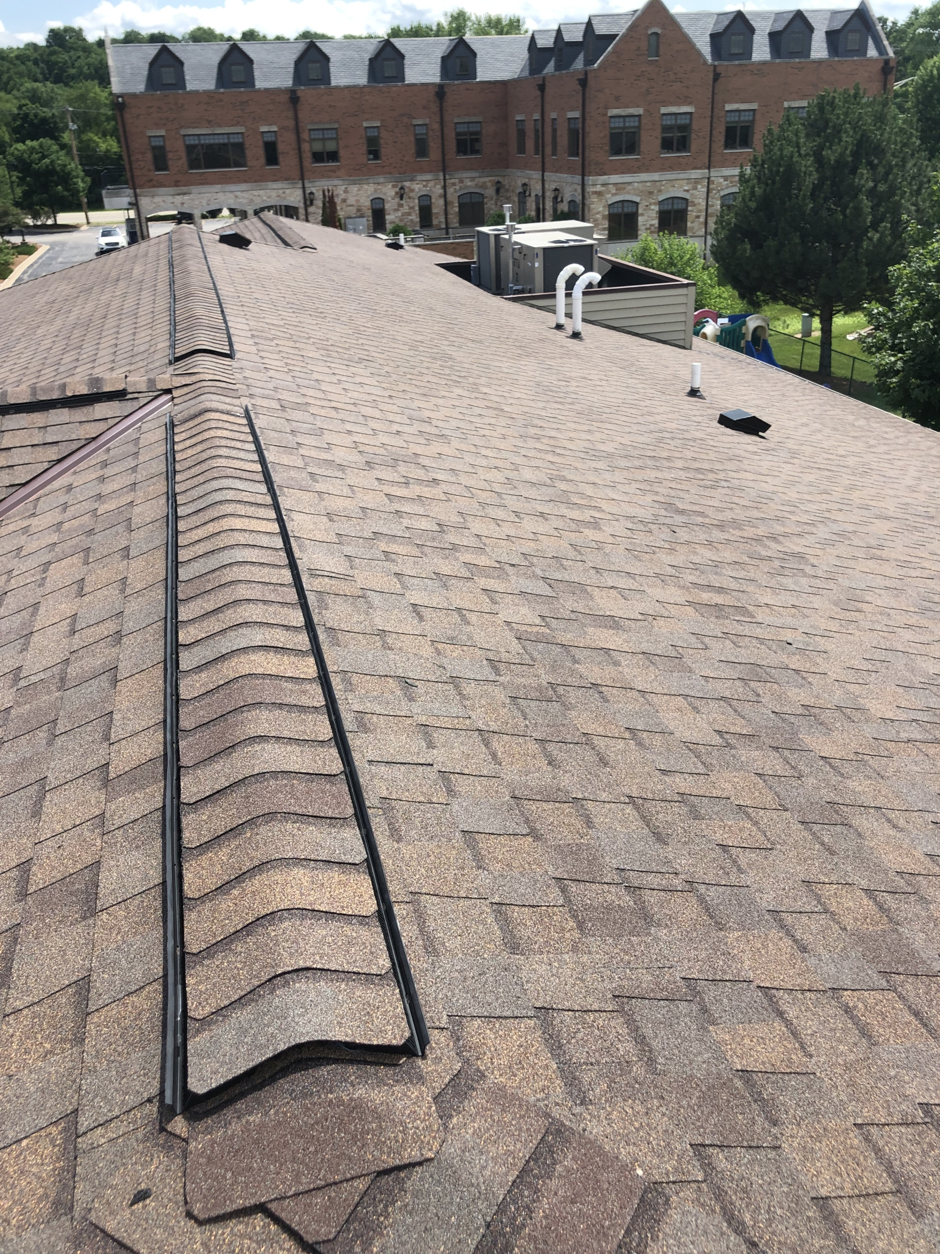 Wisconsin Roofing LLC | Commercial | Shingle Roof | Hartland
