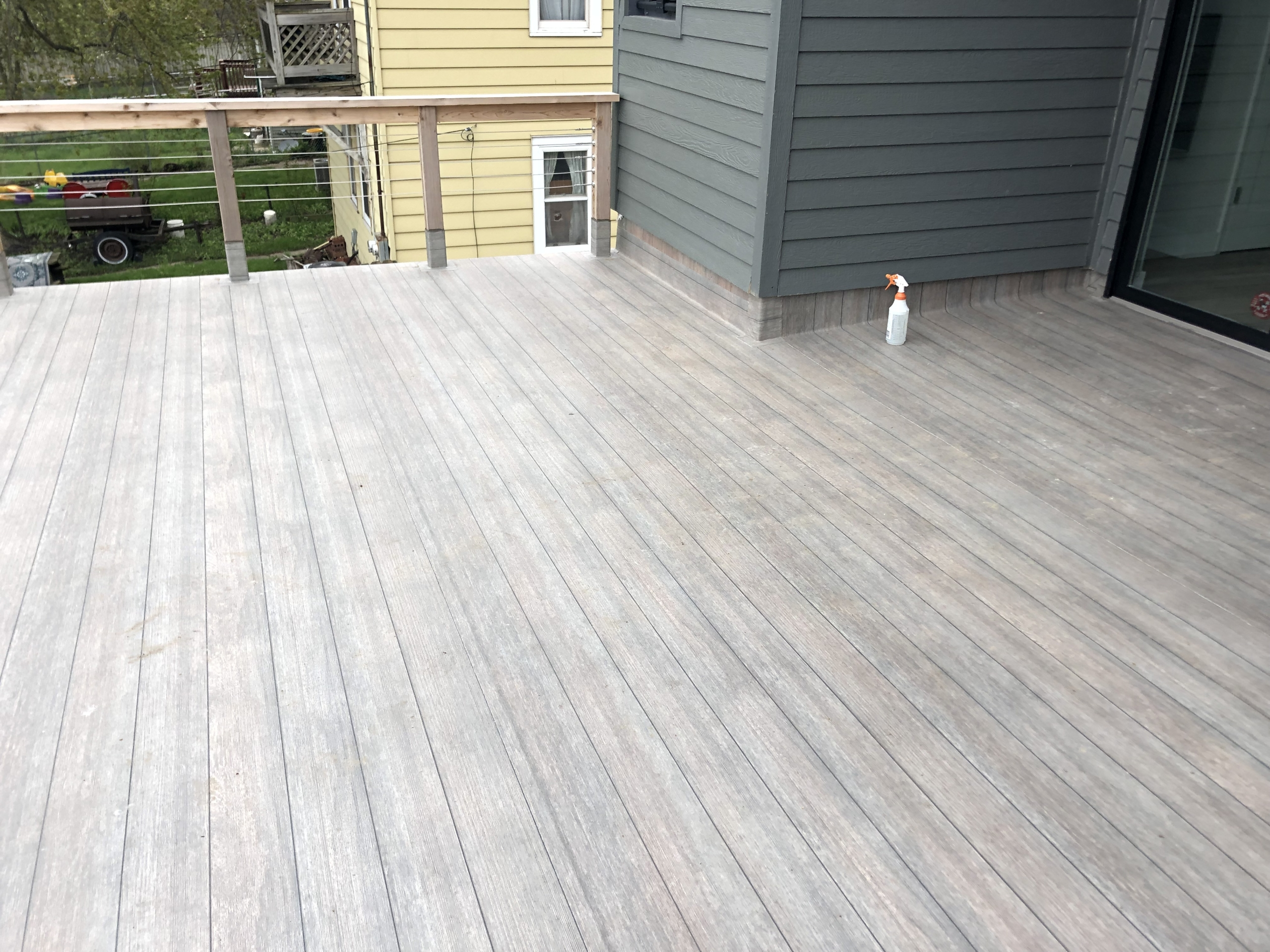 Wisconsin Roofing LLC | Dec Tec | Flat Deck | Cleaning | Milwaukee