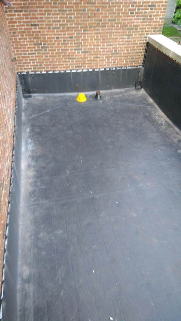 Wisconsin Roofing LLC | Flat Deck | Drain | Milwaukee