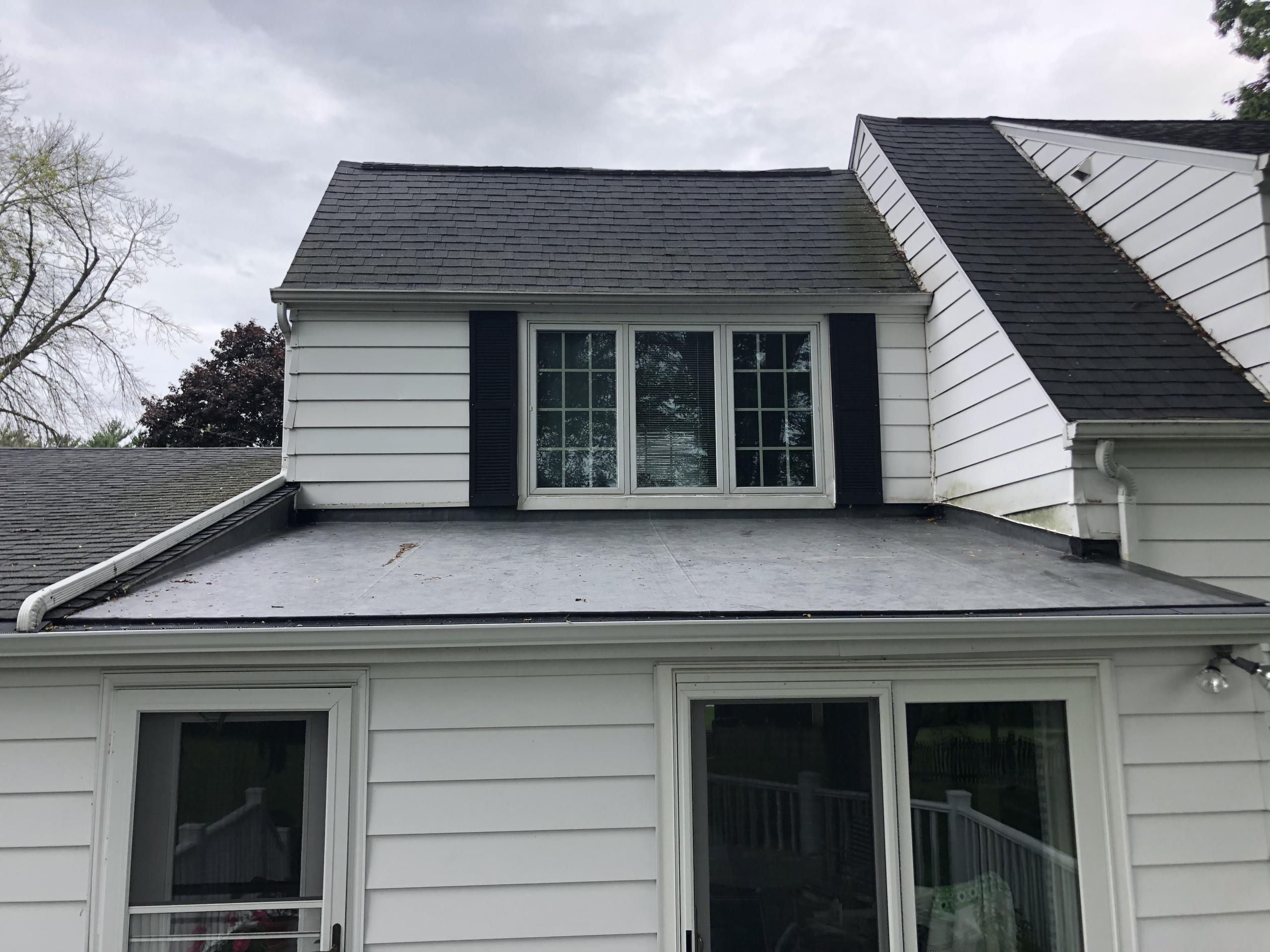 Wisconsin Roofing LLC | Flat Deck | Elm Grove