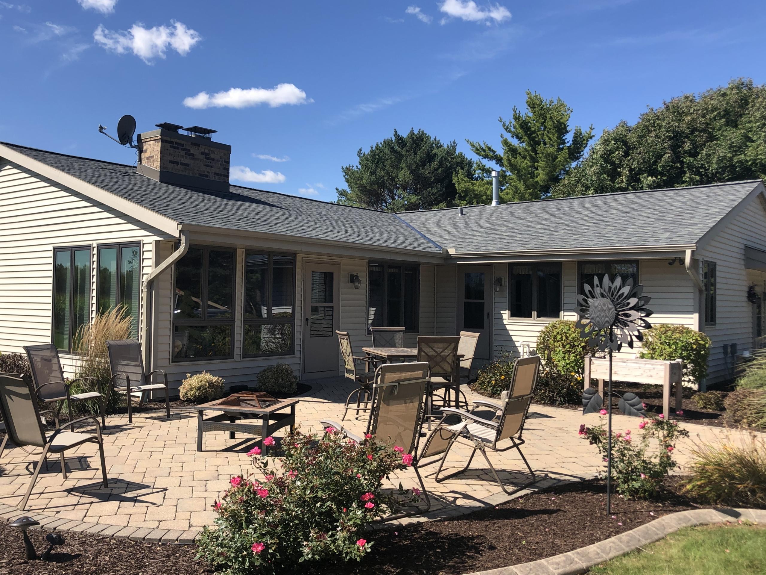 Wisconsin Roofing LLC | OC Estate | Grey | New Berlin