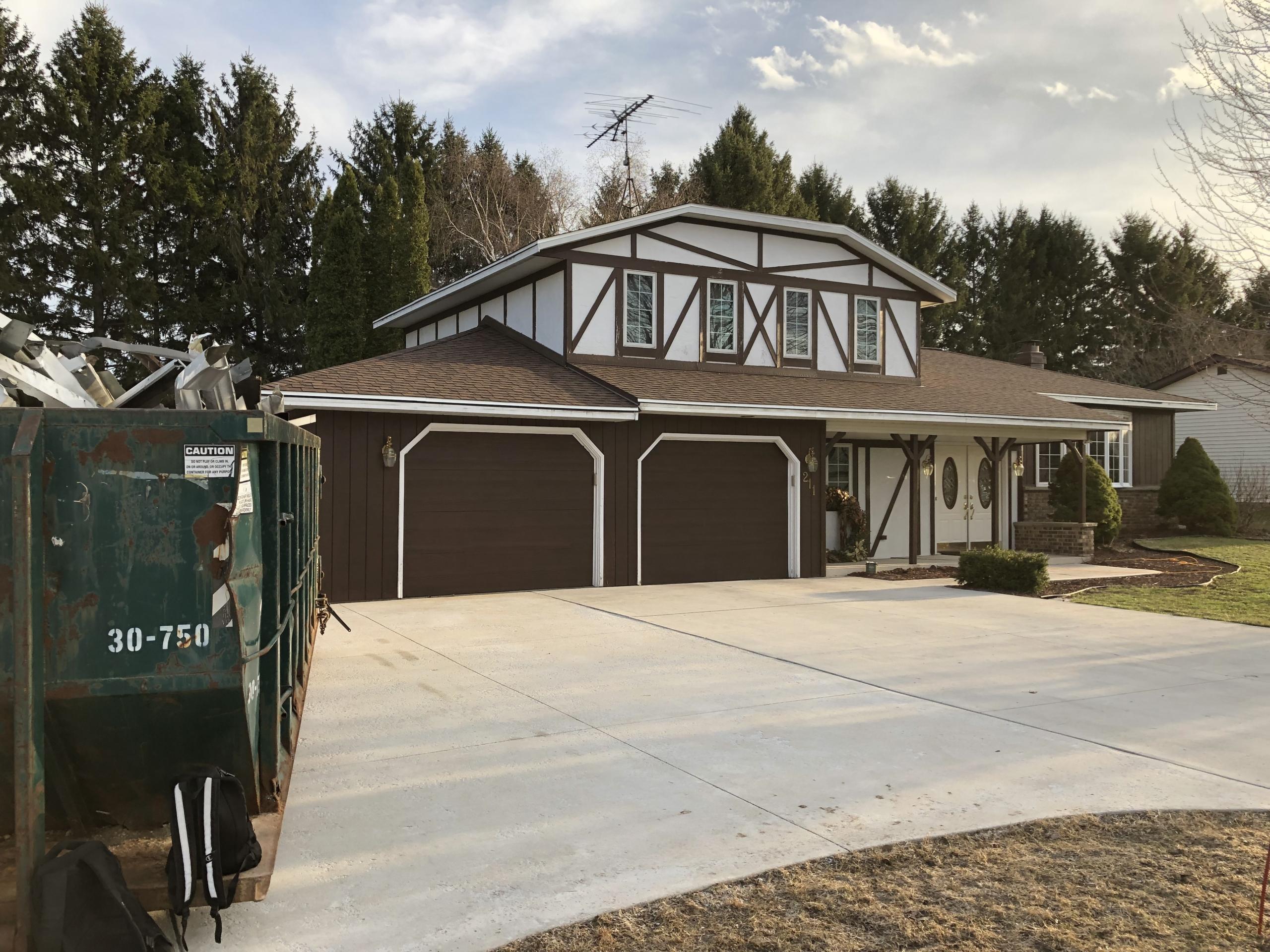 Wisconsin Roofing LLC | Sheboygan Falls WI | CertainTeed Landmark Burnt Sienna | Re-roof
