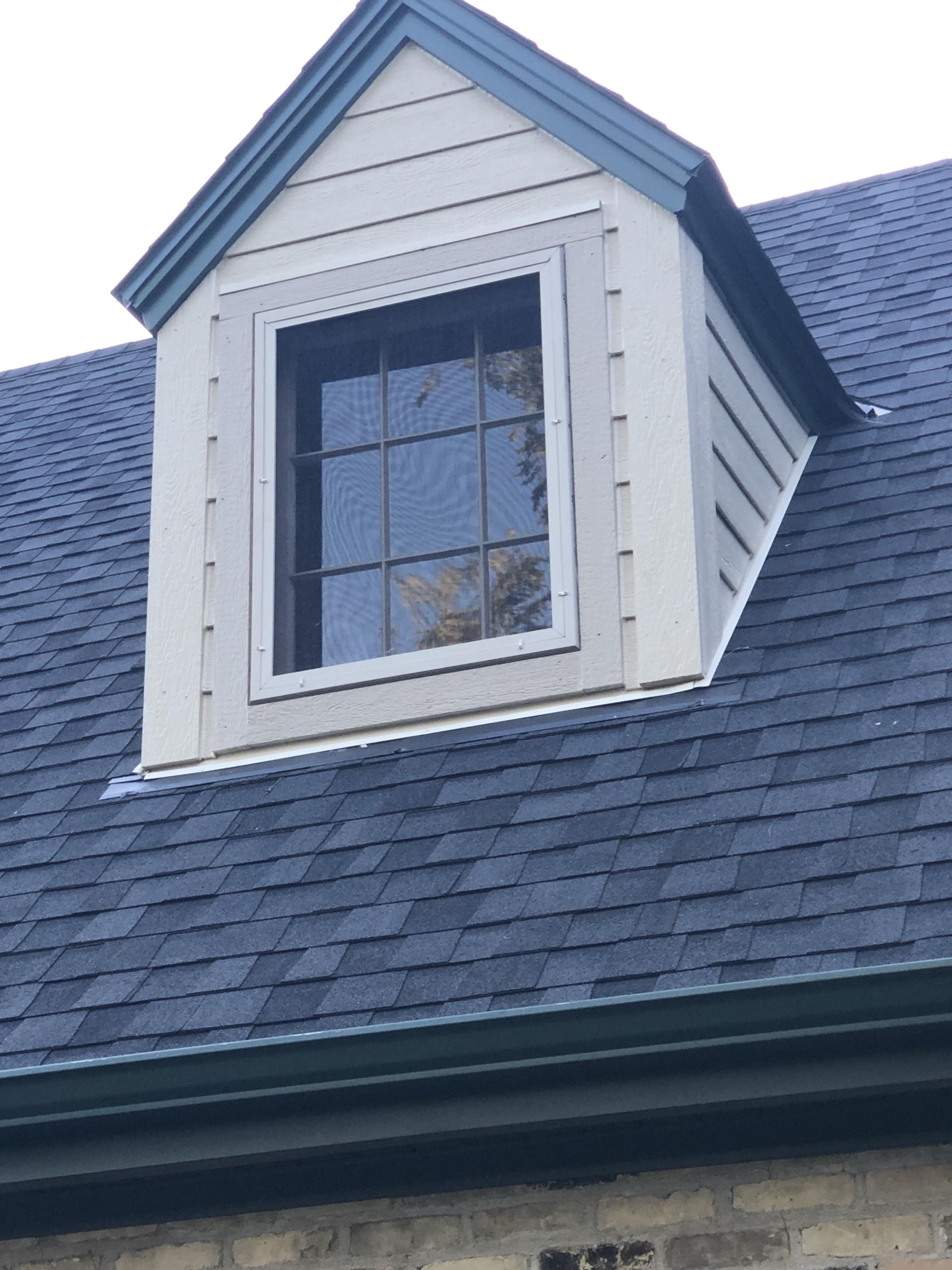 Wisconsin Roofing LLC | Residential | Cedarburg | New Certainteed Landmark Pro Moore Black Shingles
