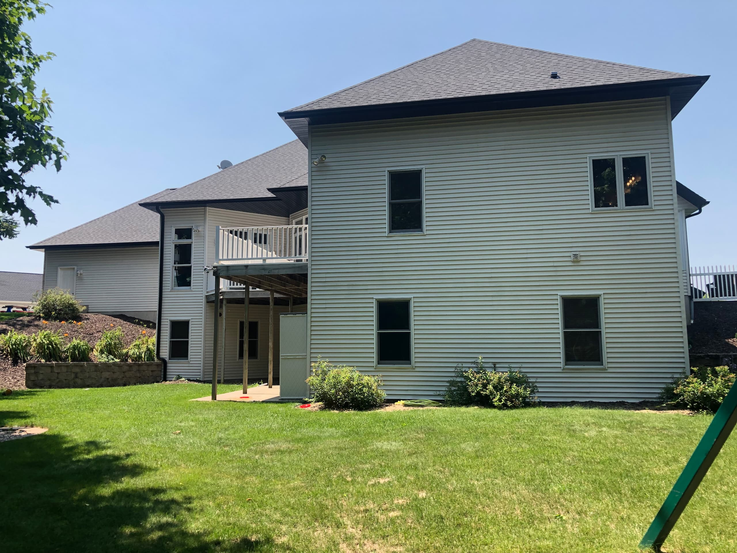 Wisconsin Roofing LLC | Plymouth | CertainTeed Landmark Pewter | Back of home