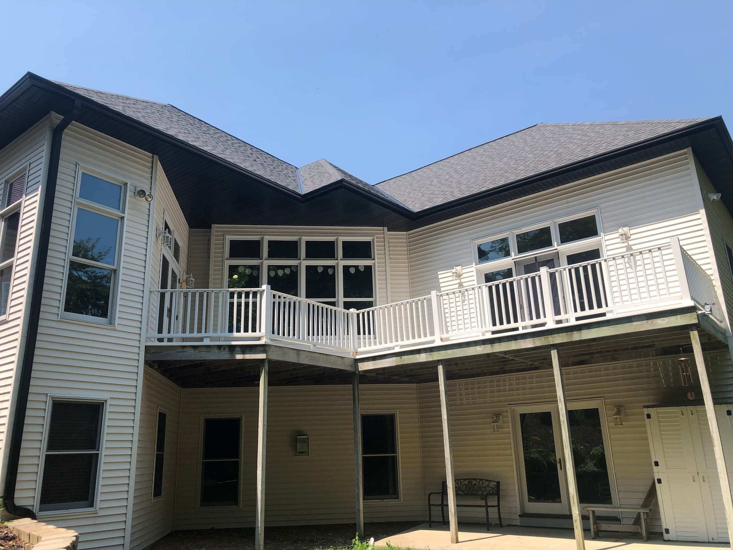 Wisconsin Roofing LLC | Plymouth | CertainTeed Landmark Pewter | Top coverage area with gutters