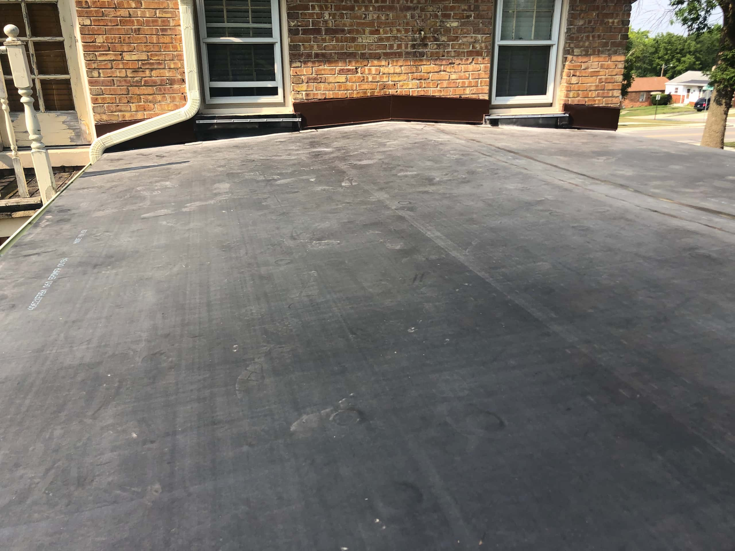 Wisconsin Roofing | Owens Corning Designer Shingles | Aged Copper | EPDM